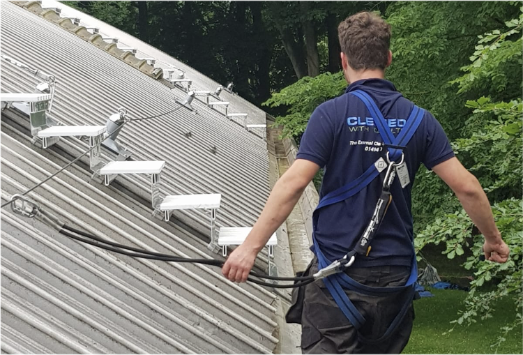 commercial gutter cleaning high wycombe